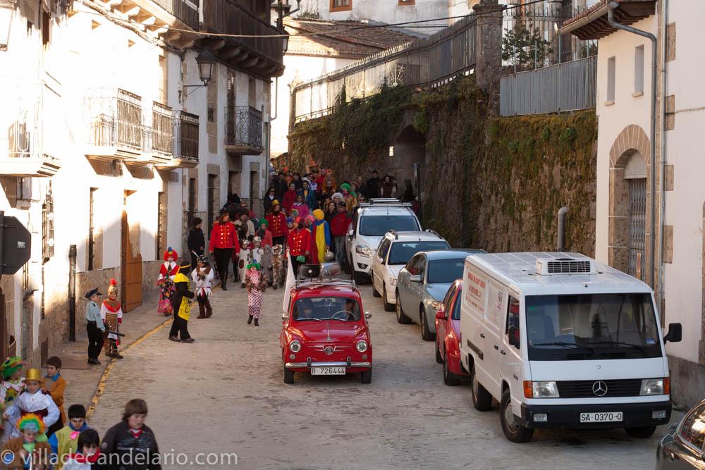 Casas rurales spa la batipuerta de candelario carnaval de candelario 2013 - Candelario casa rural ...